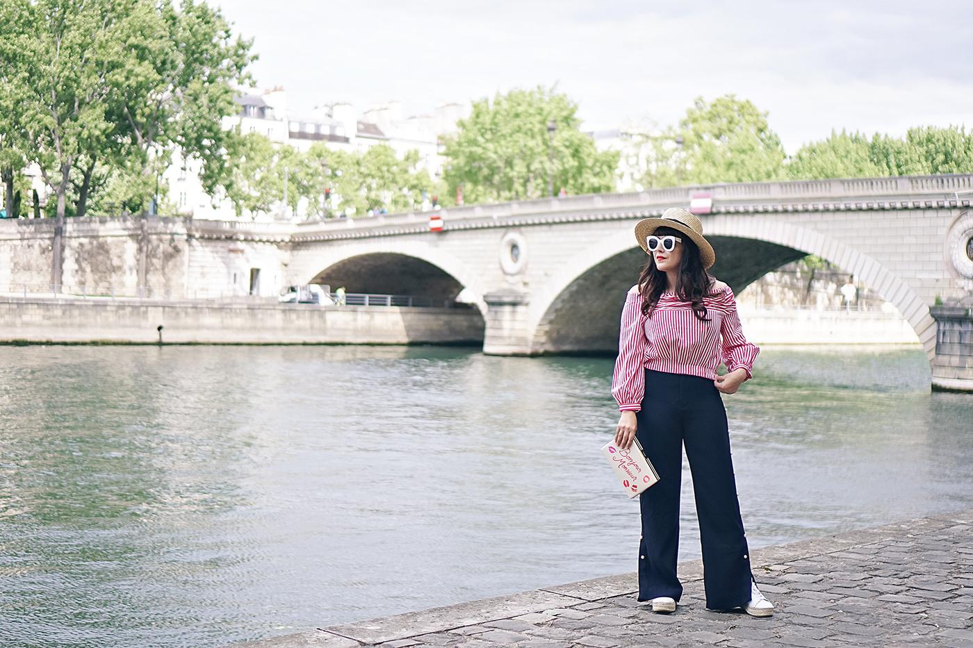 A Modern Flâneur in Paris